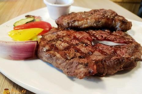 【新竹美食】竹北-炭火燒烤美式牛排餐廳《BISON野牛牛排》肉控必吃16oz嫩肩沙朗