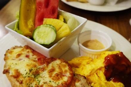 【食記-新竹】東門街輕食/鬆餅/早午餐《鯊魚咬土司》二訪吃樂活早餐