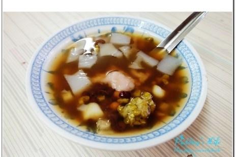 【食記-台南】府城熱熱蛇-國華街甜品美食小吃《江水號》八寶湯‧米糕粥