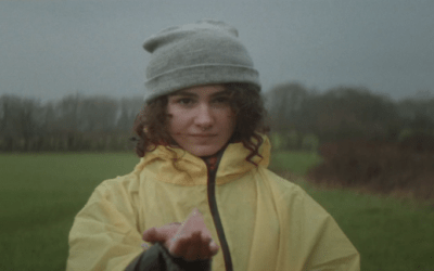 Premiere: Starrgazy debuts with 'Flying' Single and video