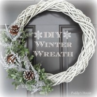 DIY Winter Wreath  Puddy's House