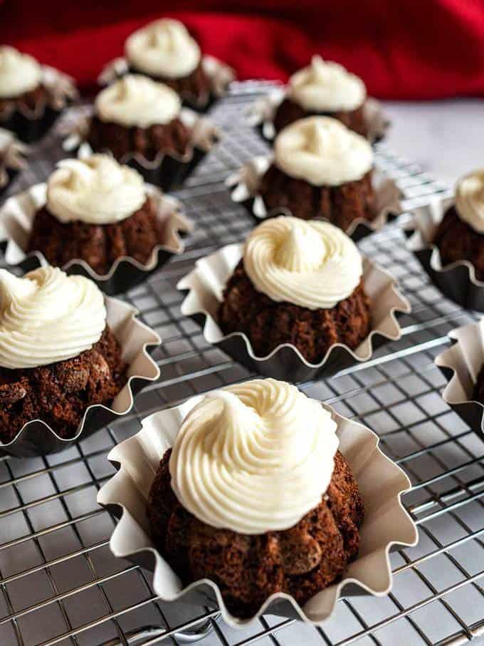 Bundtini Calories : bundtini, calories, Copycat, Chocolate, Bundtinis, (With, Video), Pudge, Factor