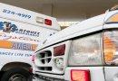 Motociclista sale expulsado tras chocar contra un auto