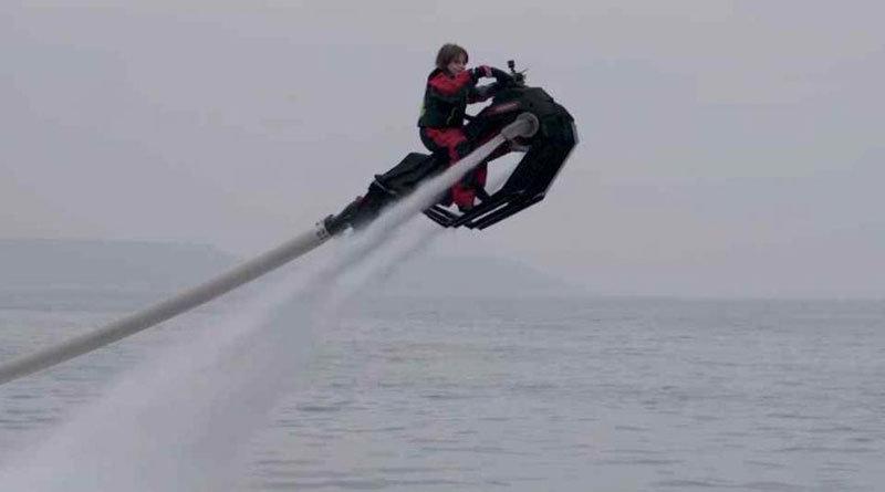 FlyRide de Zapata, una moto de agua voladora