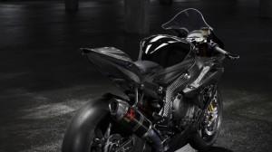 bmw-hp4-race-06