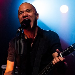 Crónica: Danko Jones en Music Hall, Barcelona 14/05/13