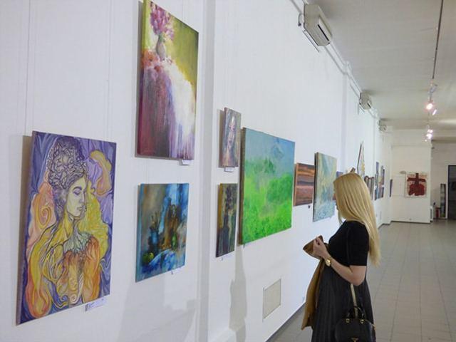 экспозиция картин выставка