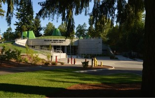 Bellevue Youth Theater_Entrance