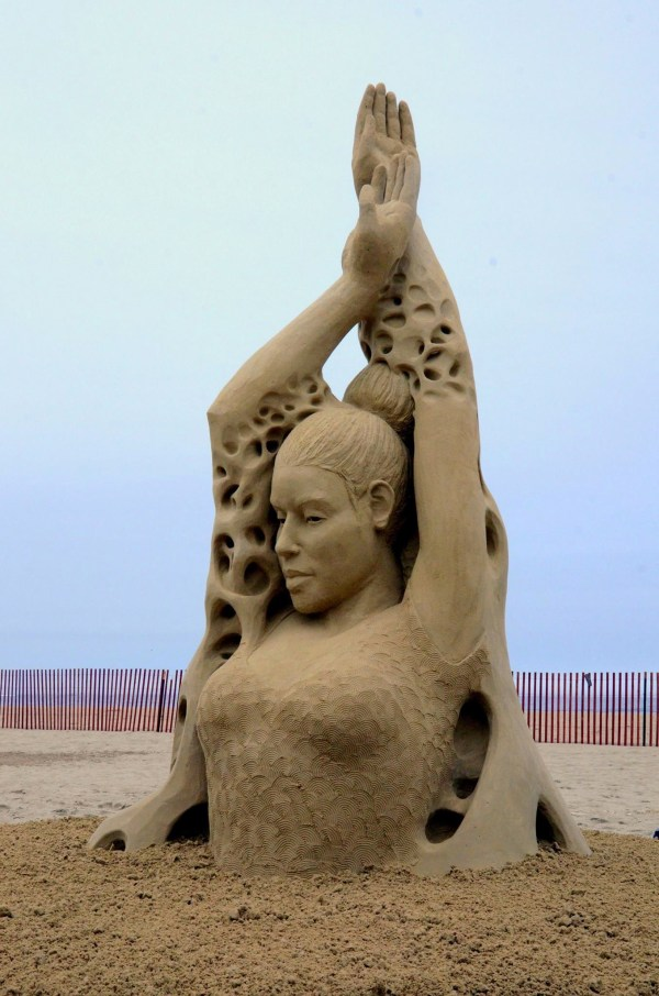 Amusing Monday Amazing Sand Sculptures