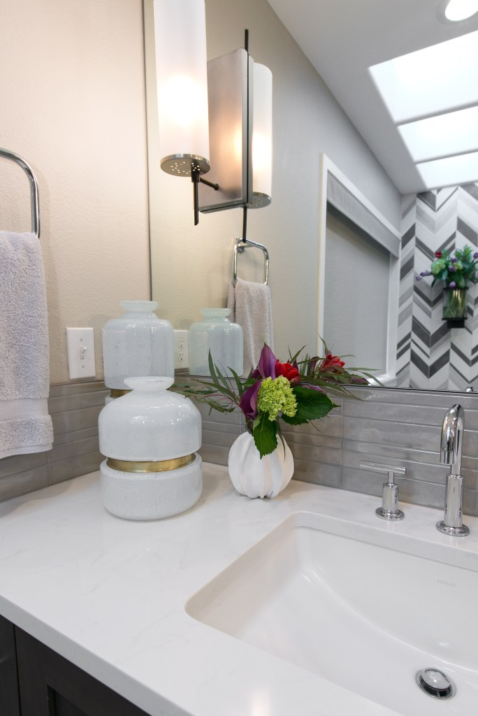 Bathroom remodel contractors in Gig Harbor Washington