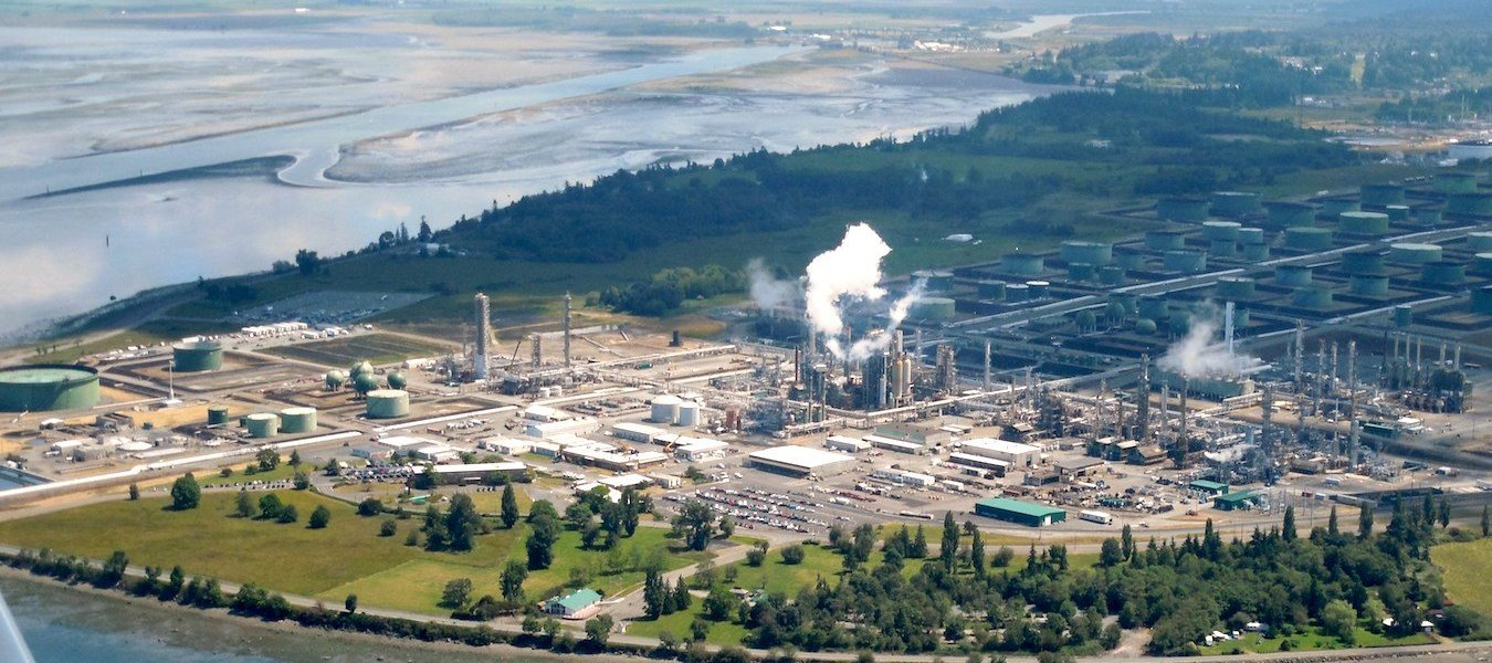 The Tesoro refinery in Anacortes, seen from an airplane.