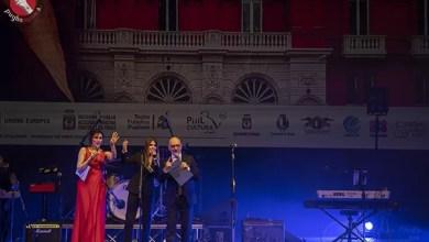 """Photo of [PREMIO MIMMO BUCCI] VERONICA VERRI con """"Castelli di sale"""" conferma la sua maturità artistica"""