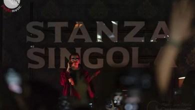 """Photo of [Report & Foto] Nella sua """"Stanza singola"""" FRANCO 126 trasporta il suo pubblico in una magica atmosfera musicale !"""