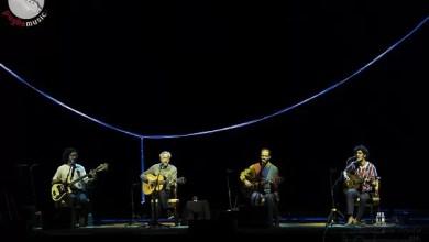 """Photo of [Report&Foto] CAETANO VELOSO con i tre figli Moreno, Zeca e Tom, presenta il suo """"Ofertório"""" per un live unico e sublime al """"Bari in Jazz 2019"""""""