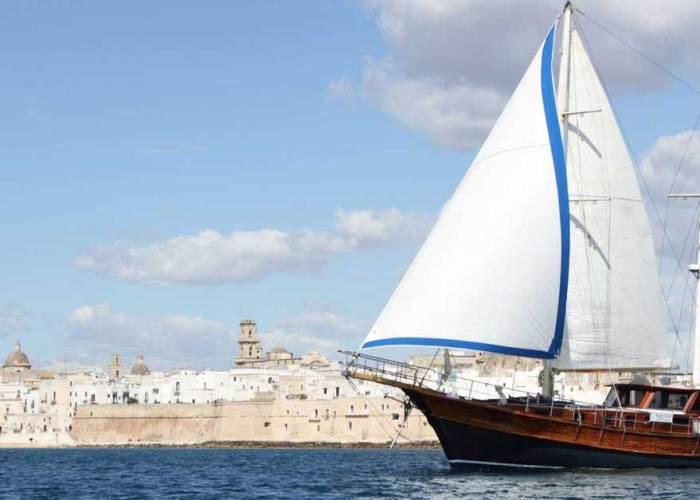 vacanza in barca in puglia