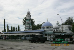 2011 backpack 17 masjid pantai gandoriah b