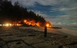 Pantai Gandoriah malam