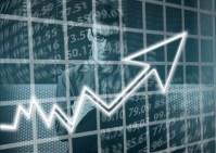Platy rostou, ale pozor na krizi