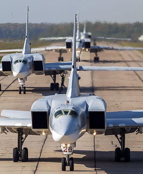 KOMENTARZ: Rosyjskie samoloty (przejściowo) rozmieszczone wIranie – czytopoczątek bliższej współpracy Teheran-Moskwa-Ankara?
