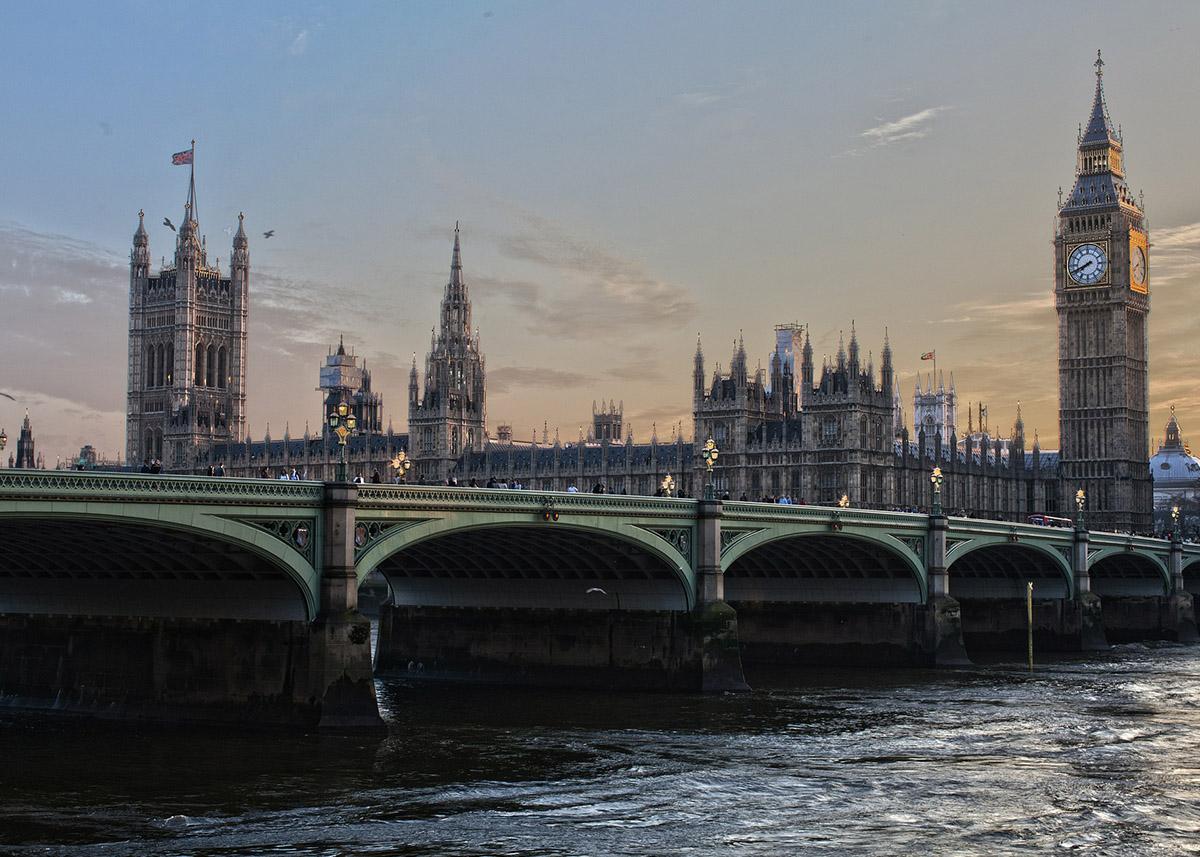 Łukasz Polinceusz oprzyszłości unijnych imigrantów wWielkiej Brytanii wPR24