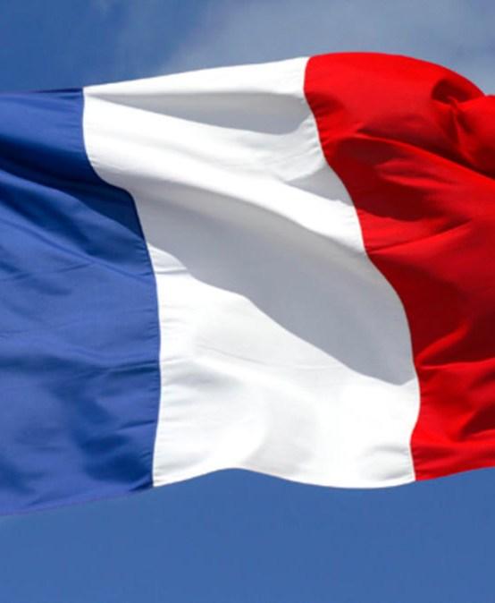 """""""Wcieniu wyborów prezydenckich  Douce France nazakręcie""""?"""
