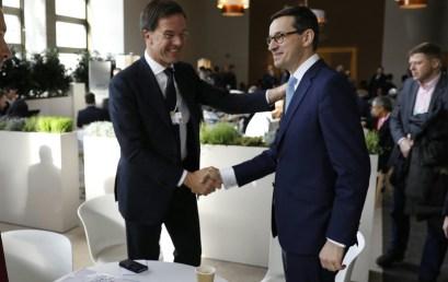 POLSKIE RADIO    Ekspert FKP Łukasz Polinceusz: Mamy różne obszary oddziaływania – podzieloną Europę, USA znieprzewidywalnym, chwiejnym liderem, rozwijające się Chiny iIndie