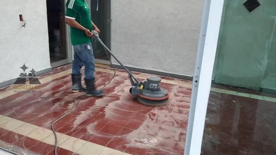 limpieza de pisos y mantenimiento