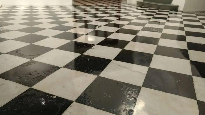 C mo pulir pisos de m rmol granito y terrazo con acabado for Como limpiar pisos de marmol
