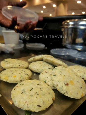 Thavalai Vadai ready to be fried