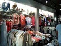 Merchandise Presentation & Store Design Pull And Bear