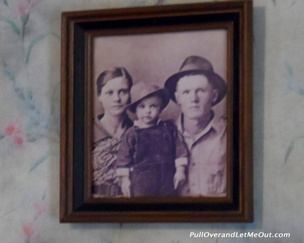 The Presley family portrait.