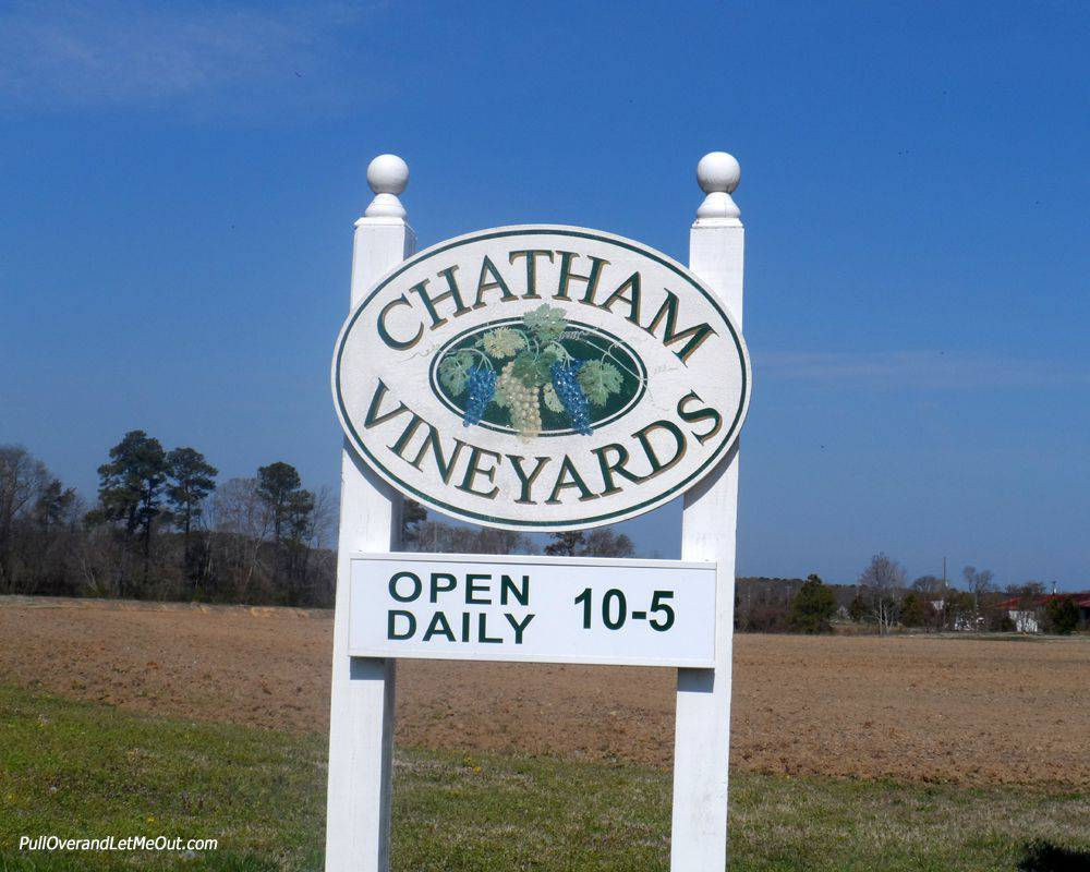 Chatham-Vineyards-VA-sign