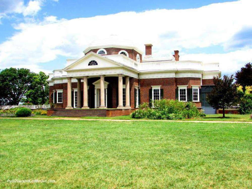 Blue-skies-over-Monticello-