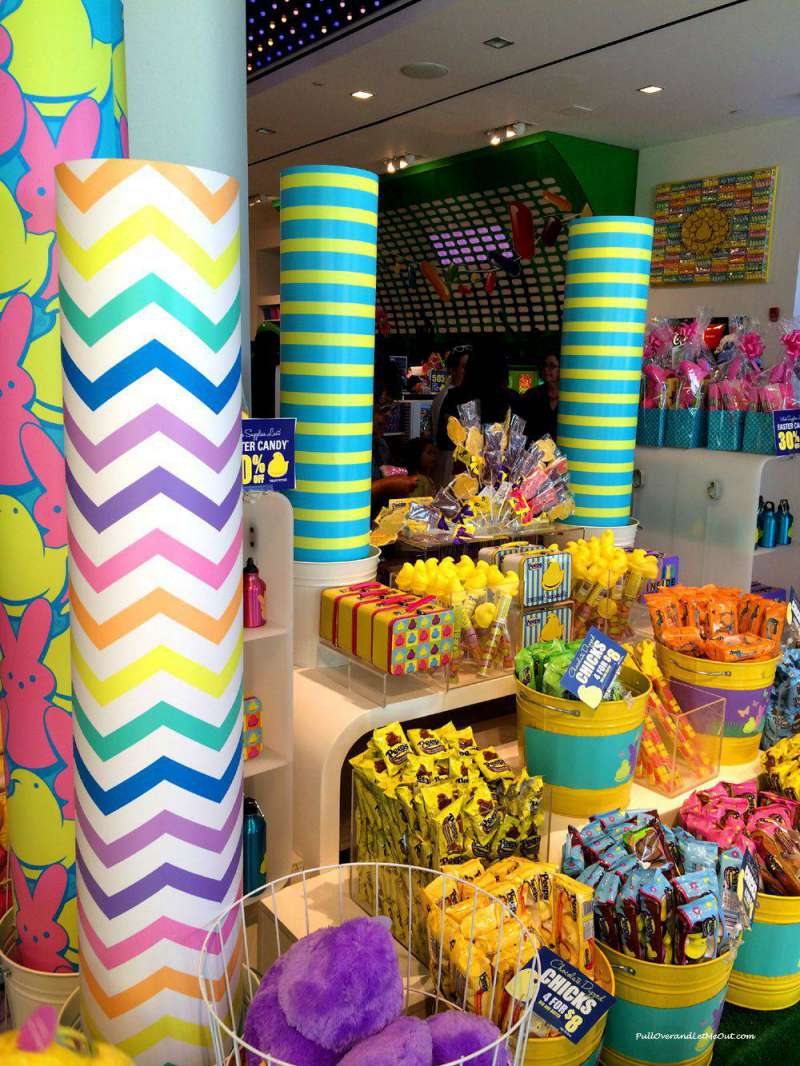 Peeps-store-Natl-Harbor-Apr