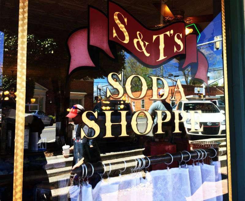 S&T-Soda-Shoppe-Pittsboro-N
