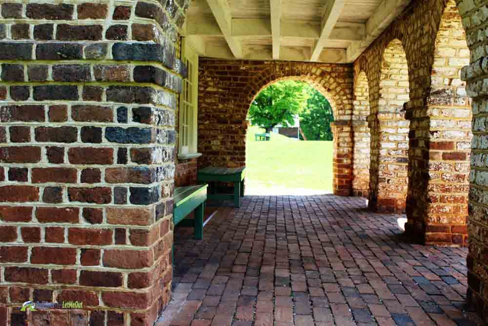 Arches at Jefferson's Poplar Forest PullOverandLetMeOut