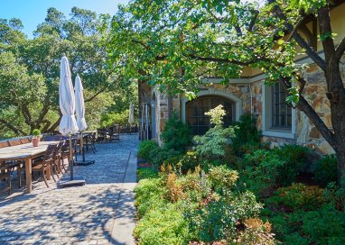 Silverado Vineyards courtyard view