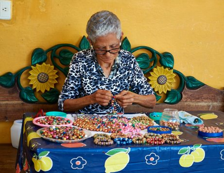 Stringing clay beads