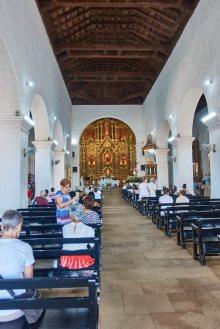 Altar in Iglesia de San Juan Batista