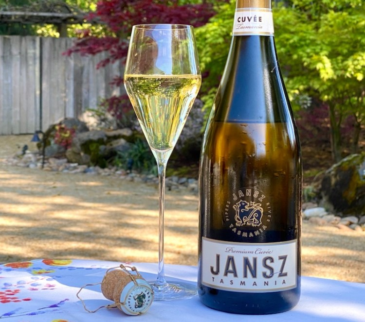 Jansz NV Premium Cuvée, Tasmania photo