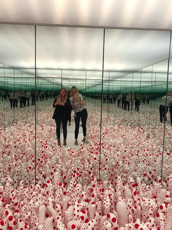 Yayoi Kusama Infinity Mirrors An Immersive Design