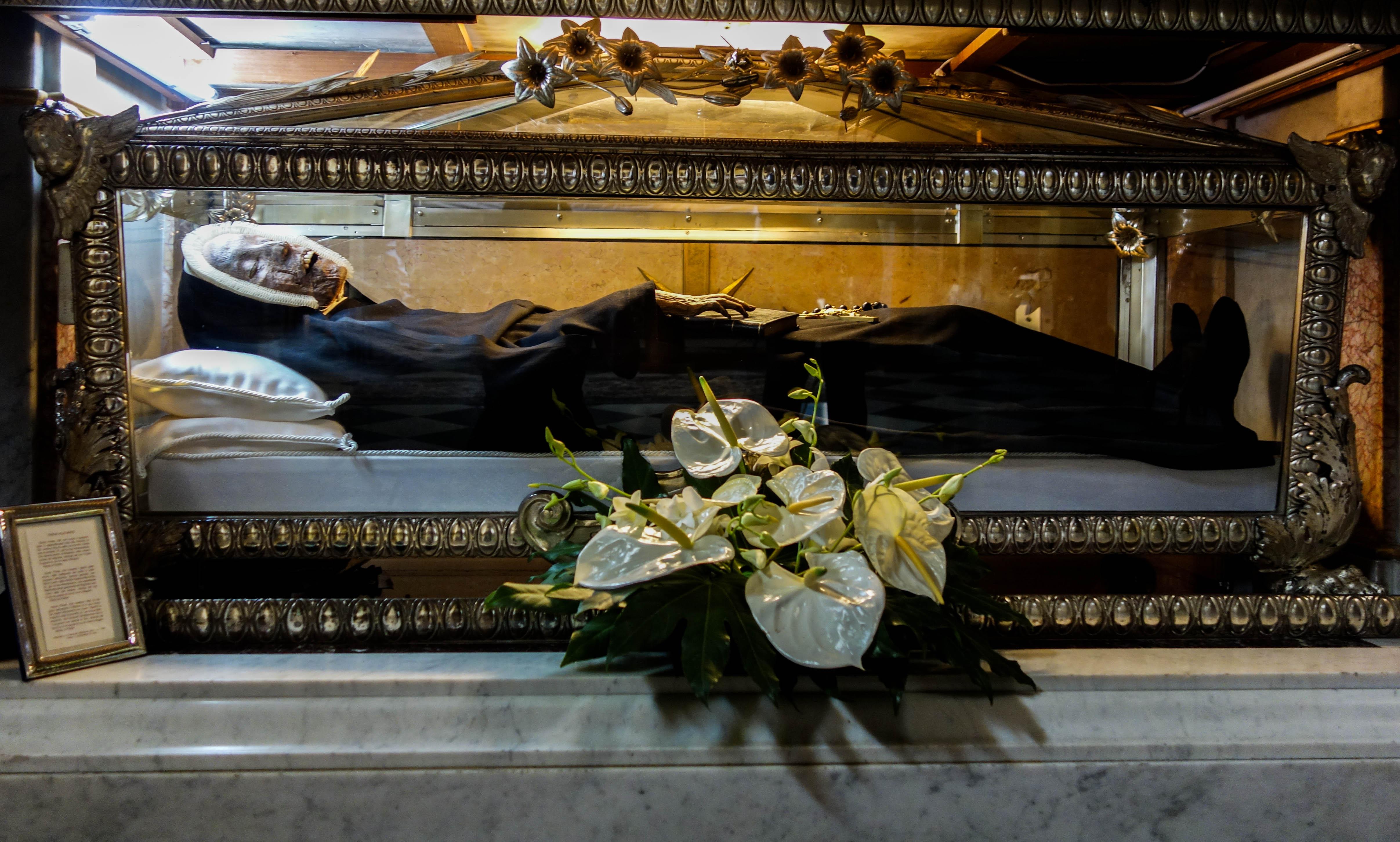 Coffin Dust Tour