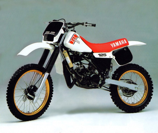 Yamaha Introduced An All New 125 That Placed The Yz At The Very Cutting Edge Of Motocross Design Its New Linkage Equipped Mono X Rear Suspension And