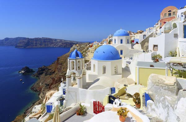 2 Oia Village In Santorini Greece