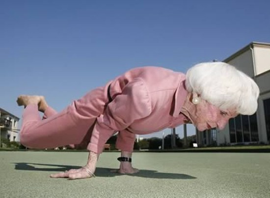 20 Old People That Are Still Kicking Ass Pics