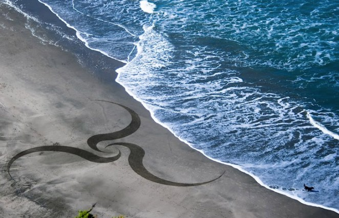 Andres-Amador_Sand-Painting-19