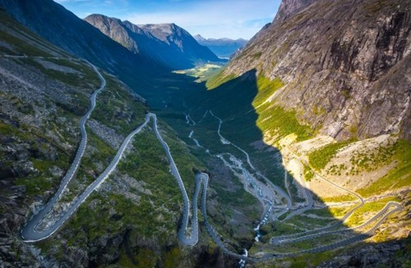 18. A mountain road in Norway.