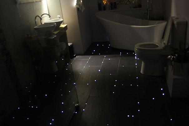 This Guy Created A Starry Night Sky On His Bathroom Floor ...