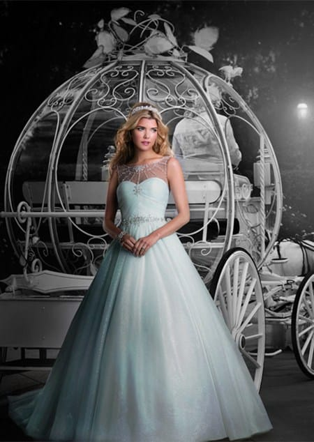 Be Carriage Worthy With This Alfred Angelo Cinderella Gown.