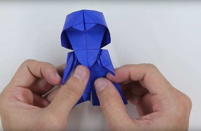 This Is How To Make An Origami Darth Vader